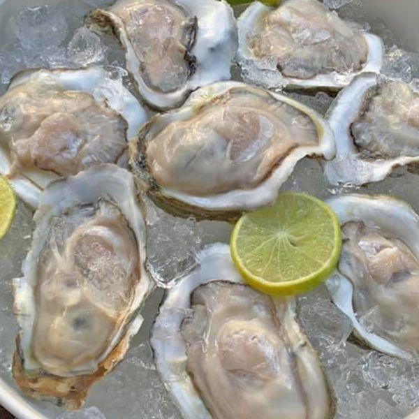 หอยนางรมสด (10 ตัว)